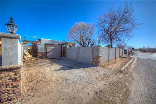 Photo of 1101 Camino Vista Aurora, Santa Fe, NM 87507 (MLS # 201905508)