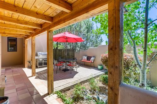 Photo of 258 Loma Entrada, Santa Fe, NM 87501-1256 (MLS # 202002509)