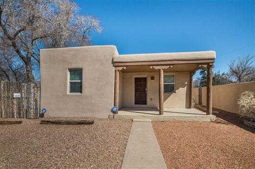 Photo of 920 Galisteo Street, Unit A, Santa Fe, NM 87505 (MLS # 202001514)