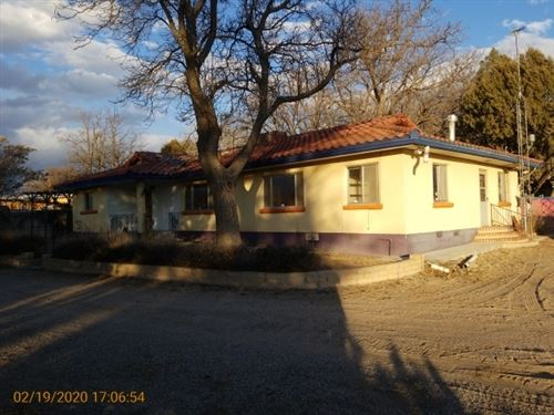 Photo of 1414 Montana Vista, Espanola, NM 87532 (MLS # 202001555)