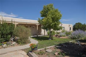 Photo of 15 Via De Estrellas, Santa Fe, NM 87506 (MLS # 201903616)
