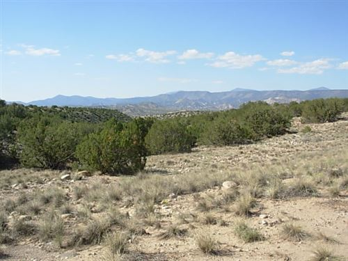 Photo of TBD Eagle Drive, Medanales, NM 87548 (MLS # 201804618)