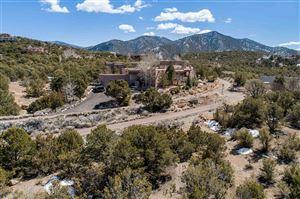 Photo of 1924 Cerros Colorados, Santa Fe, NM 87501 (MLS # 201900634)