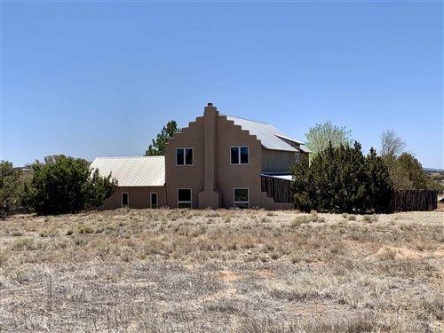 Photo of 32 Jacinto Road, Santa Fe, NM 87508 (MLS # 202101637)