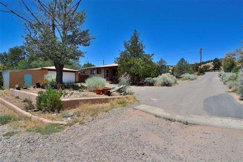 Photo of 2190 W Alameda, Santa Fe, NM 87507 (MLS # 202002651)