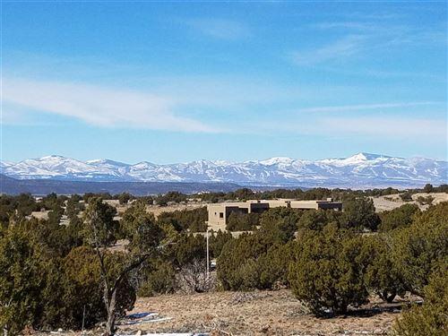 Photo of 7 Montana Vista, Santa Fe, NM 87507 (MLS # 201900704)