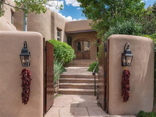 Photo of 8 Vista Tesuque, Santa Fe, NM 87506 (MLS # 202001716)