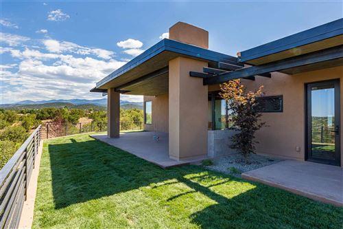 Photo of 865 Camino Haciendas, Santa Fe, NM 87501 (MLS # 202000735)