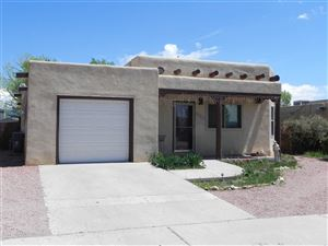 Photo of 1329 Acequia Borrada, Santa Fe, NM 87507 (MLS # 201901745)