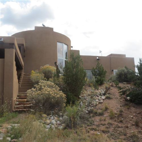 Photo of 8 Placita Anita, Santa Fe, NM 87506 (MLS # 201904774)