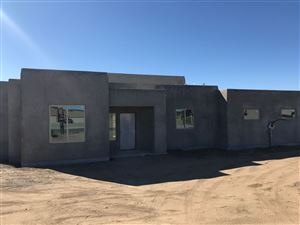 Photo of 14 Willow Back Road, Santa Fe, NM 87508 (MLS # 201903779)