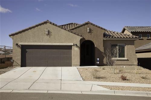 Photo of 4710 HOJAS VERDES, Santa Fe, NM 87507 (MLS # 202001789)