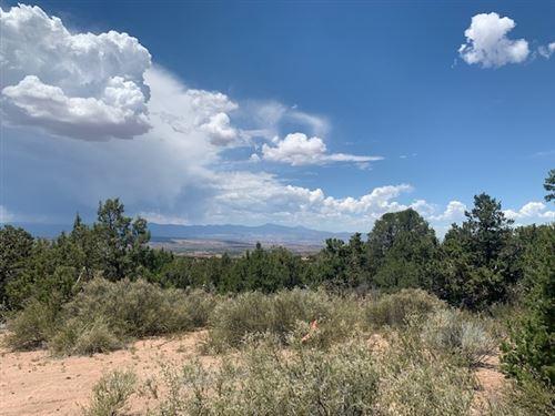 Photo of 47 Pacheco Meadow Lane, Santa Fe, NM 87506 (MLS # 202002790)