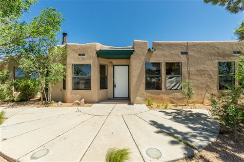 Photo of 41 Aventura Rd, Santa Fe, NM 87508 (MLS # 202001791)