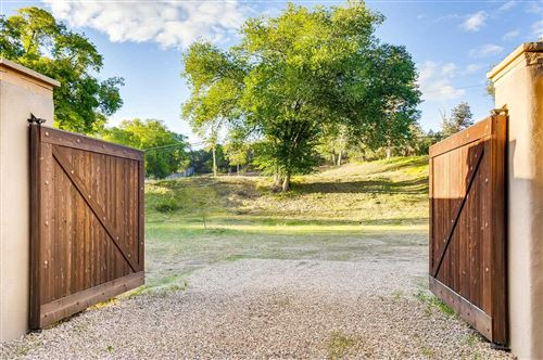 Photo of 1414 Bishops Lodge Rd, Santa Fe, NM 87506 (MLS # 201904804)