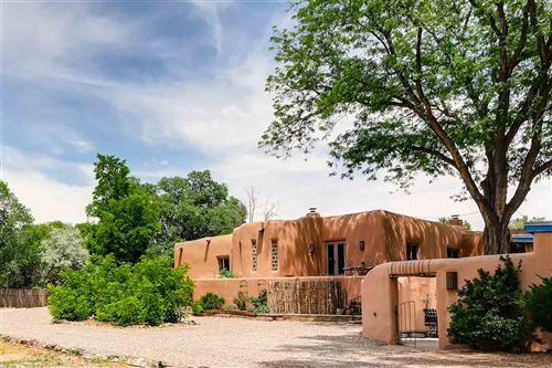 Photo of 329 County Road 84, Santa Fe, NM 87506 (MLS # 201802822)