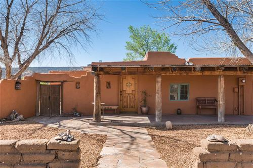 Photo of 300 County Road 41, Los Luceros, NM 87511 (MLS # 202001825)