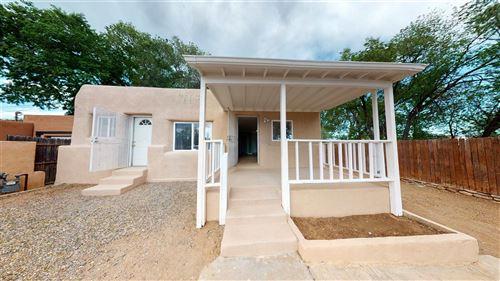 Photo of 719 Kathryn, Santa Fe, NM 87505 (MLS # 202001841)