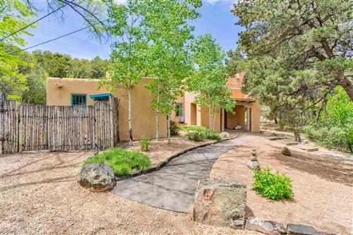 Photo of 5 Oso Ct, Santa Fe, NM 87506 (MLS # 202001853)