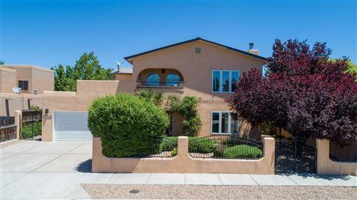 Photo of 3254 NIZHONI, Santa Fe, NM 87507 (MLS # 202001856)
