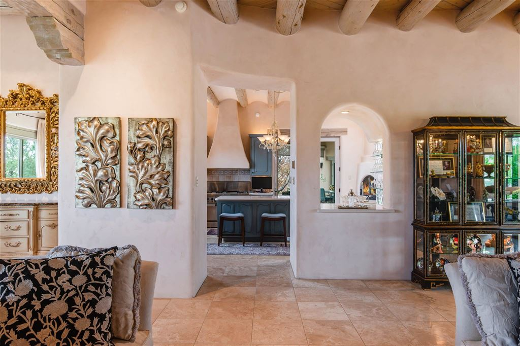 Photo for 9 Cinco Pintores, Santa Fe, NM 87506 (MLS # 201901869)