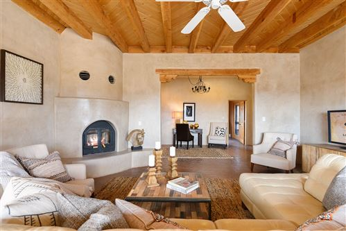 Photo of 13 Las Caballeras, Santa Fe, NM 87508 (MLS # 202000871)