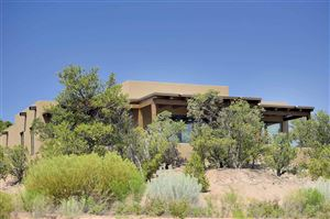 Photo of 3086 Monte Sereno Drive, Santa Fe, NM 87501 (MLS # 201900882)