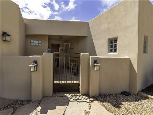 Photo of 81 CAMINO CABO, Santa Fe, NM 87508 (MLS # 202002900)