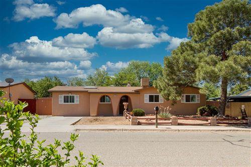 Photo of 2916 CALLE DE PINOS ALTOS, Santa Fe, NM 87507 (MLS # 202001905)