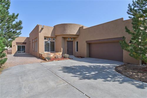 Photo of 83 Canada Del Rancho, Santa Fe, NM 87508 (MLS # 202003907)