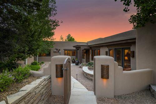 Photo of 1032 Sierra del Norte, Santa Fe, NM 87501 (MLS # 202001917)