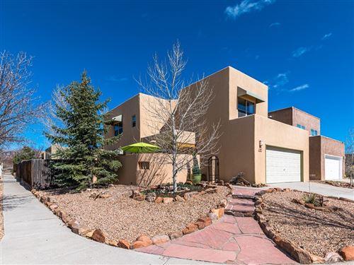 Photo of 1401 PASEO NORTENO, Santa Fe, NM 87507 (MLS # 202000927)