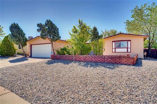 Photo of 2814 Calle de Sonoro, Santa Fe, NM 87507 (MLS # 202001929)