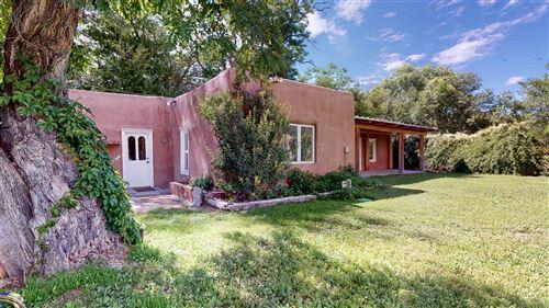 Photo of 1522 El Llano Rd, Espanola, NM 87532 (MLS # 202002932)