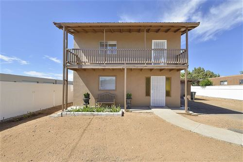 Photo of 817 Calle Saragosa, Santa Fe, NM 87505 (MLS # 202001937)