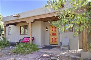 Photo of 36 Camino Tres Cruces, Santa Fe, NM 87506 (MLS # 201904938)