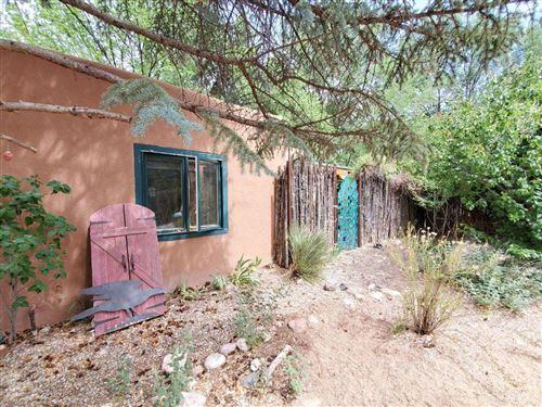 Photo of 106 NM 503, Santa Fe, NM 87506 (MLS # 202001945)