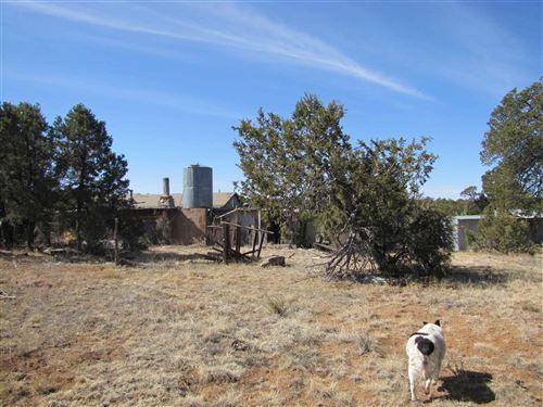 Photo of 212 Ojo De La Vaca Trail, Santa Fe, NM 87508-8808 (MLS # 202100947)