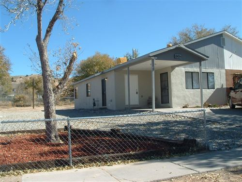Photo of 1901A Canada Ct, Espanola, NM 87532 (MLS # 201904951)