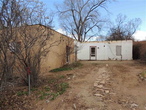 Photo of 139 Candelario St, Santa Fe, NM 87501 (MLS # 202000958)