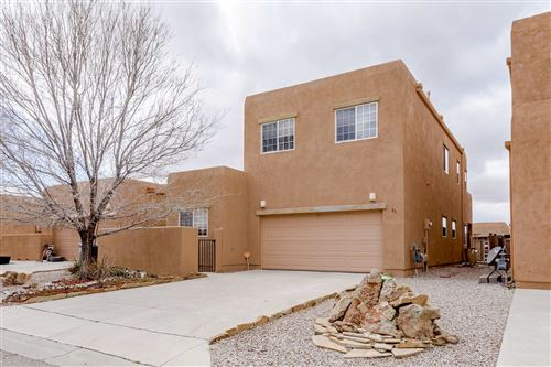 Photo of 85 SUNSET CANYON, Santa Fe, NM 87508 (MLS # 202000969)