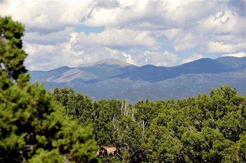 Photo of 14 Entrada Descanso, Lot 878, Santa Fe, NM 87506 (MLS # 202002978)