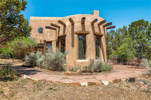 Photo of 299 APACHE RIDGE, Santa Fe, NM 87505 (MLS # 202001988)