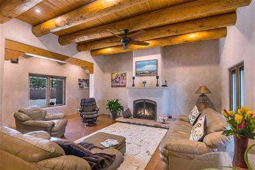 Photo of 221 Camino Del Norte, Santa Fe, NM 87501 (MLS # 202002989)