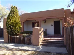 Photo of 101 Monte Vista Pl #A, Santa Fe, NM 87501 (MLS # 201904993)