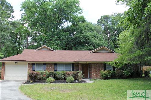 Photo of 19 Barrington Circle, Savannah, GA 31419 (MLS # 231035)