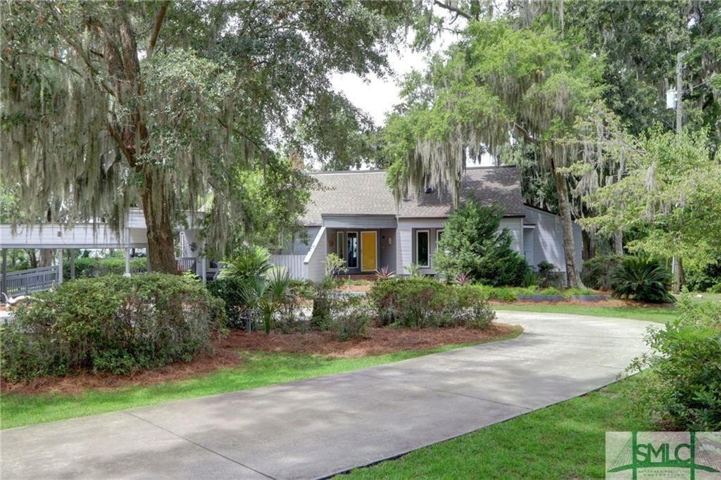 1122  Wilmington Island Road, Savannah, GA 31410 - #: 233041