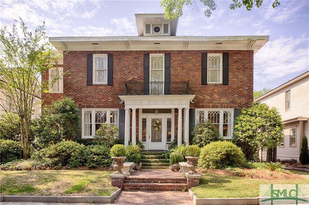 33 E 50th Street, Savannah, GA 31405 - #: 221825