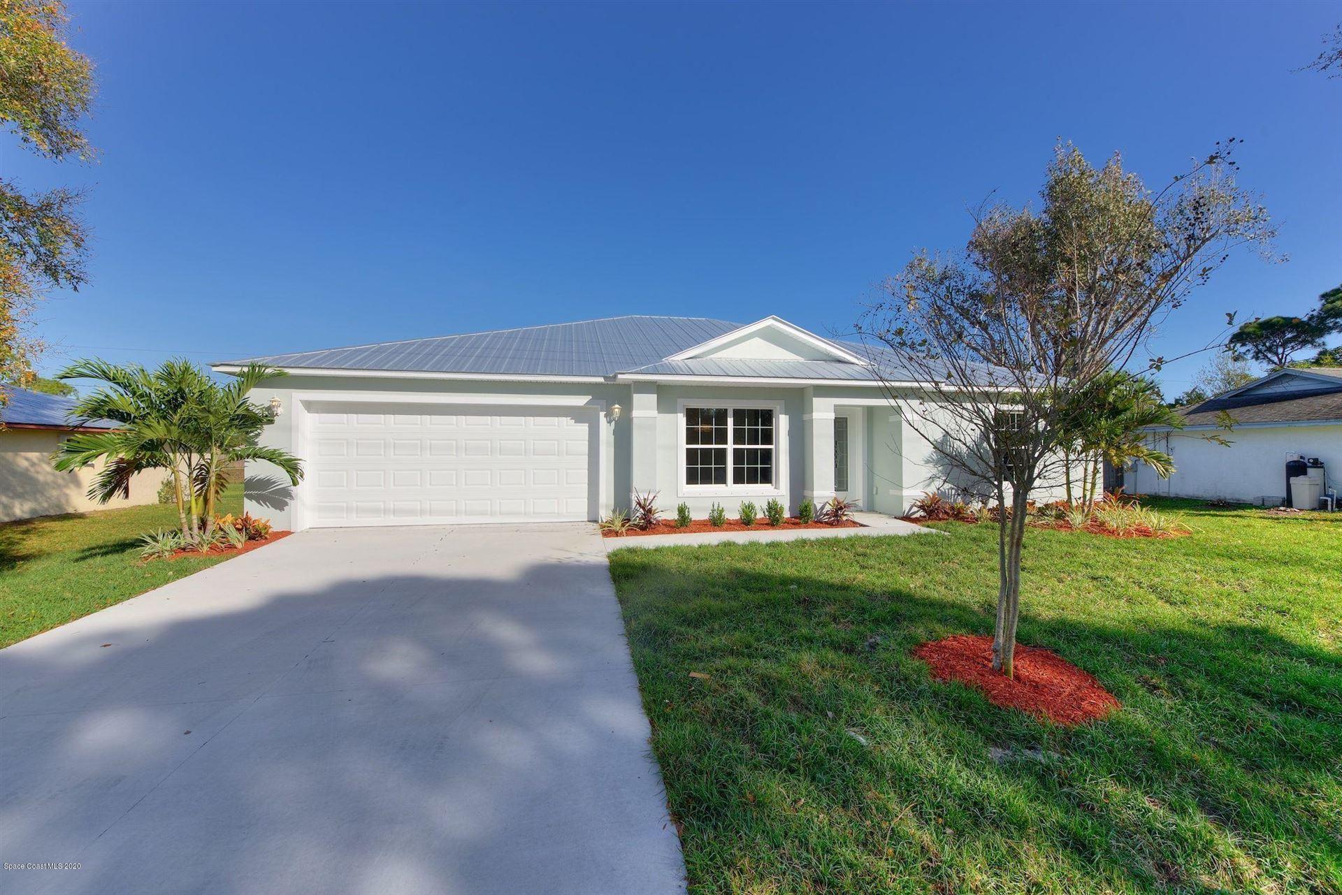 250 Christmas Avenue, Palm Bay, FL 32909 - #: 874000