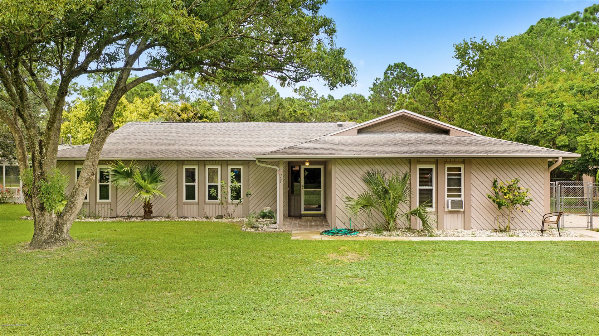 1505 Pinetree Lane, Palm Bay, FL 32907 - #: 885010
